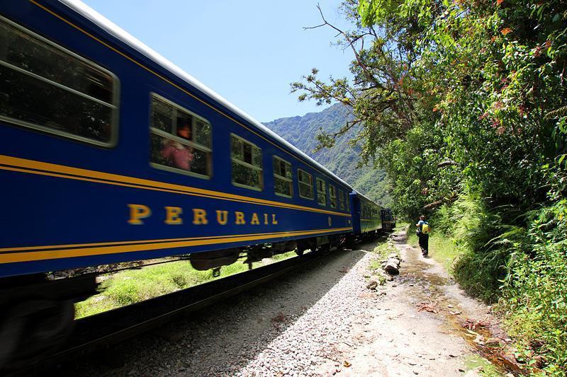 peru-rail: meglio arrivare fino a Machu Picchu a piedi