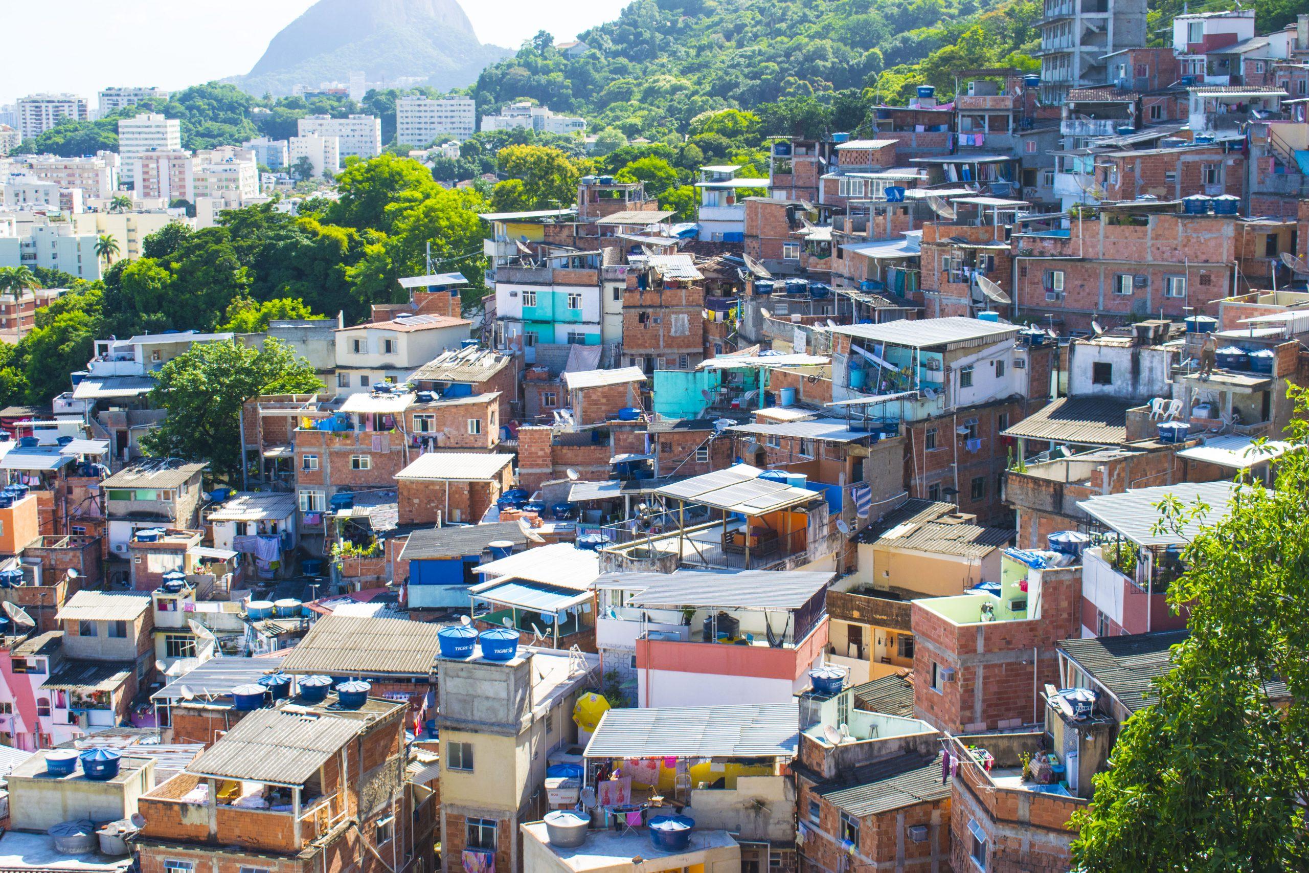 cosa sono le favelas: santa marta