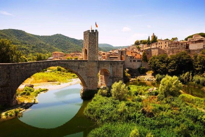 Besalú: il paesino medievale spagnolo per eccellenza