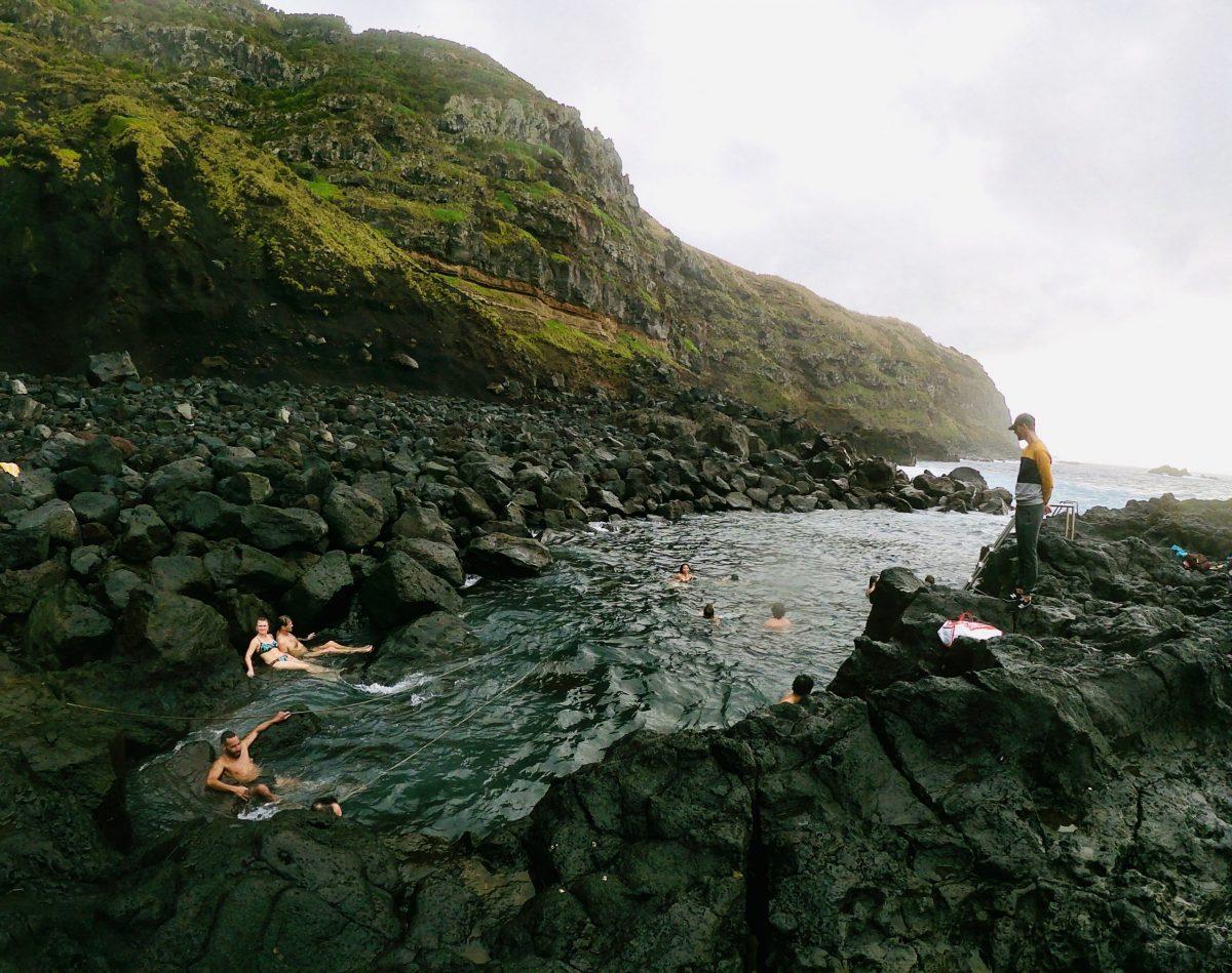 Piscina naturale di Ferreira tra le migliori acque termali di Sao miguel